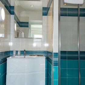 2 pièces terrasse vue mer - salle de bain