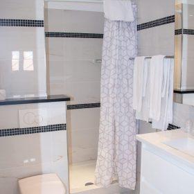 2pieces Terrasse et loggia - salle de bain