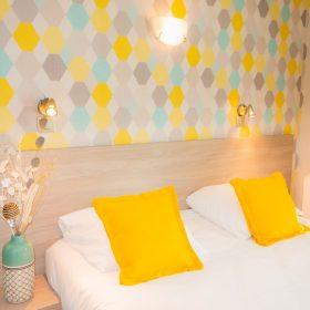 Chambre confort - lit gros plan